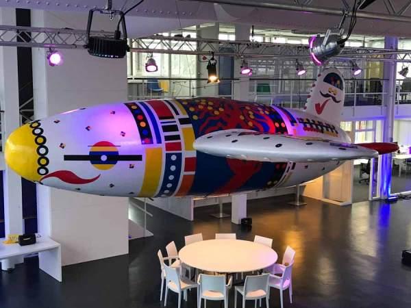 De Vliegende Hollander | Toyisme Kunstbeweging