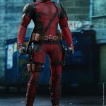 marvel-deadpool-2-deadpool-sixth-scale-figure-hot-toys-903587-01
