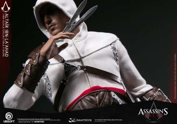damtoys-dms005-assassins-creed-altair-1-6-scale-figure-img13