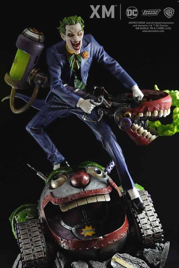 xm-studios-the-joker-rebirth-series-sixth-scale-statue-img13