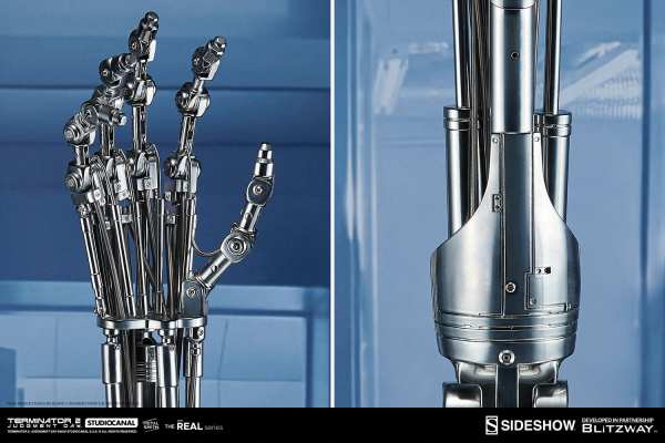 terminator2-judgment-day-t-800-endoskeleton-arm-and-brain-chip-collectible-set-sideshow-400355-13