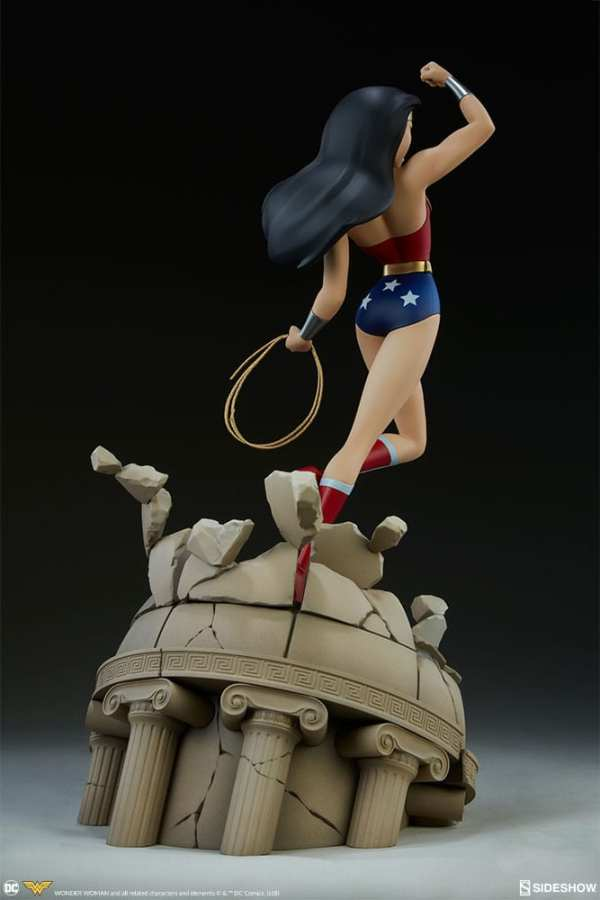 dc-comics-wonder-woman-animated series-collection-statue-sideshow-200544-08