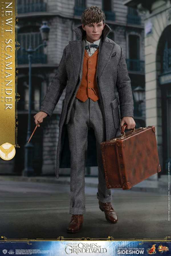 fantastic-beasts-the-crimes-of-grindwald-newt-scamander-sixth-scale-figure-hot-toys-904194-04