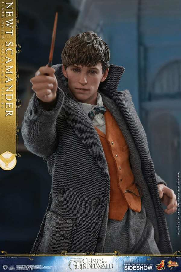 fantastic-beasts-the-crimes-of-grindwald-newt-scamander-sixth-scale-figure-hot-toys-904194-10