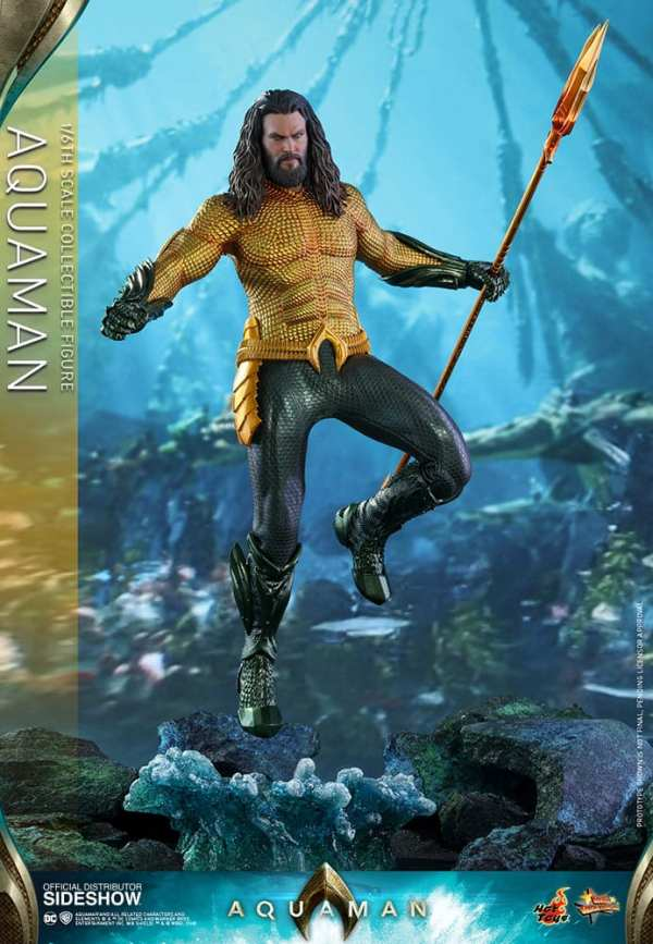dc-comics-aquaman-sixth-scale-figure-hot-toys-903722-01