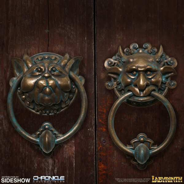 labyrinth-door-knocker-set-scaled-replica-chronicle-collectibles-904389-01