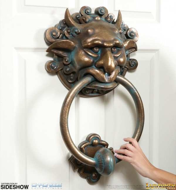 labyrinth-door-knocker-set-scaled-replica-chronicle-collectibles-904389-14