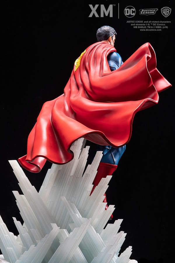 superman-rebirth-xm-studios-1-6-scale-statue-dc-comics-img06