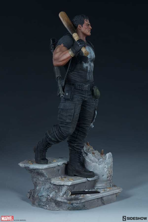 the-punisher-premium-format-figure-sideshow-collectibles-statue-img10