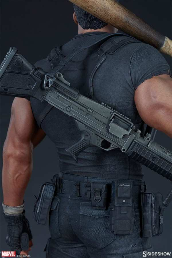 the-punisher-premium-format-figure-sideshow-collectibles-statue-img15