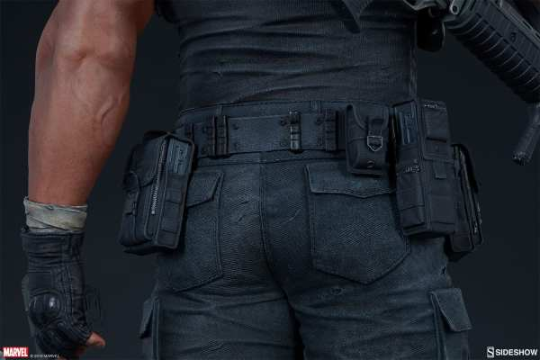 the-punisher-premium-format-figure-sideshow-collectibles-statue-img18