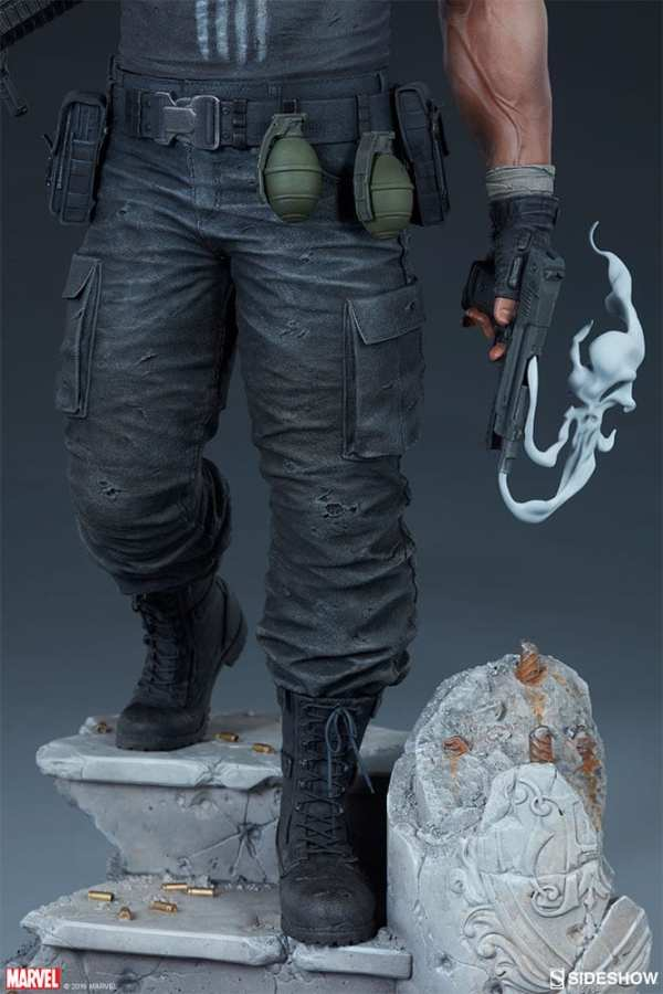 the-punisher-premium-format-figure-sideshow-collectibles-statue-img27
