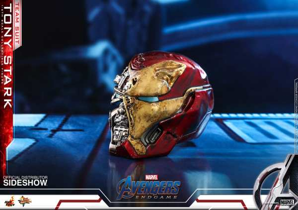 hot-toys-tony-stark-team-suit-avengers-endgame-sixth-scale-figure-marvel-img18
