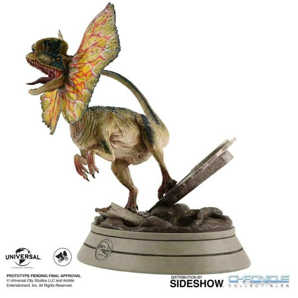chronicle-collectibles-jurassic-park-dilophosaurus-1-4-scale-statue-img02