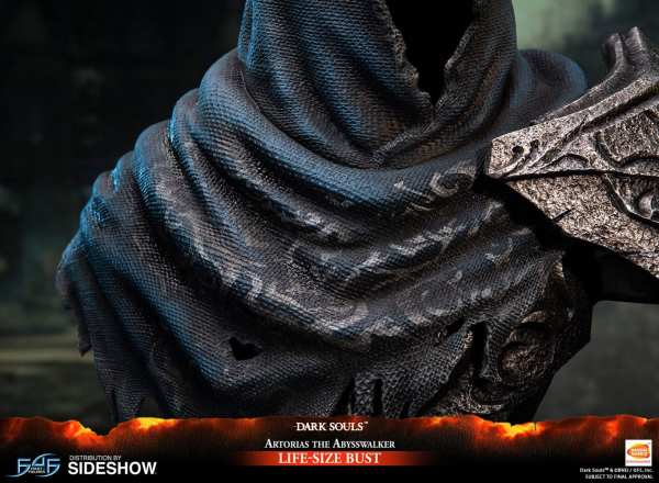 first4figures-artorias-the-abysswalker-dark-souls-life-size-bust-1-1-scale-collectibles-img14