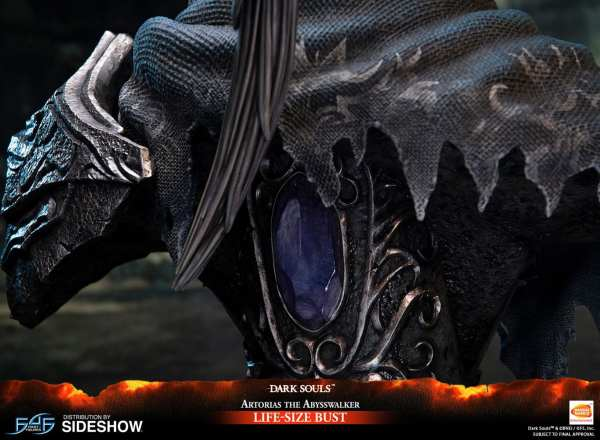 first4figures-artorias-the-abysswalker-dark-souls-life-size-bust-1-1-scale-collectibles-img16