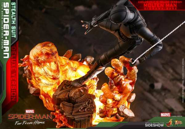 hot-toys-spider-man-stealth-suit-deluxe-version-sixth-scale-figure-mms-541-marvel-img06