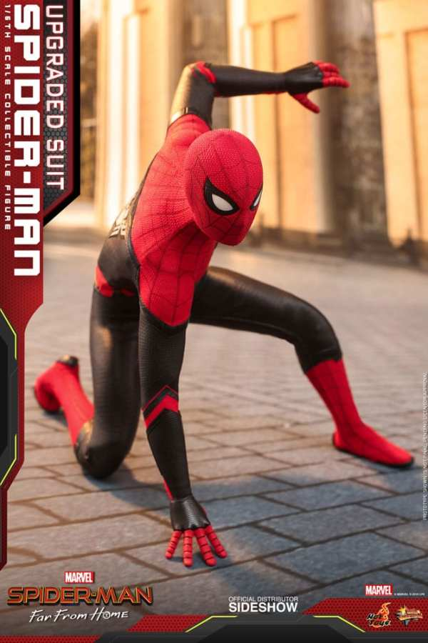 hot-toys-spider-man-upgraded-suit-far-from-home-sixth-scale-figure-mms542-marvel-img11