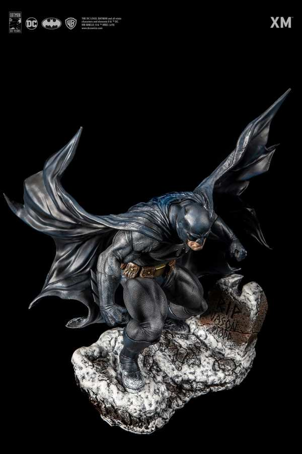 xm-studios-batman-hush-1-6-scale-statue-iconic-cover-art-dc-comics-img10