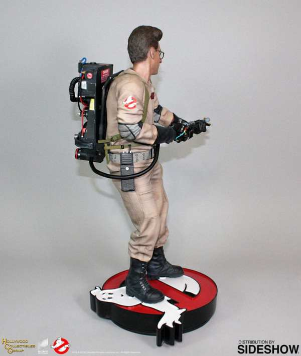 hollywood-collectibles-group-egon-spengler-statue-ghostbusters-img04
