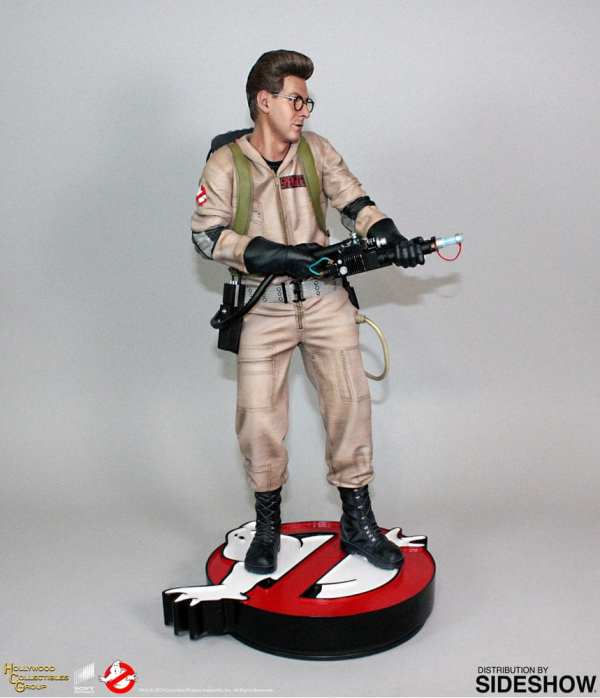 hollywood-collectibles-group-egon-spengler-statue-ghostbusters-img05
