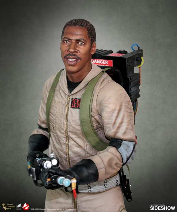hollywood-collectibles-group-winston-zeddemore-statue-ghostbusters-img01