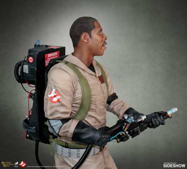 hollywood-collectibles-group-winston-zeddemore-statue-ghostbusters-img06