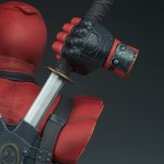 sideshow-collectibles-marvel-deadpool-bust-11-inch-collectibles-img19