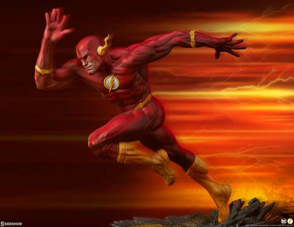 sideshow-collectibles-the-flash-premium-format-figure-dc-comics-statue-img01