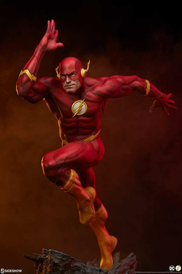 sideshow-collectibles-the-flash-premium-format-figure-dc-comics-statue-img21
