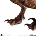 chronicle-collectibles-velociraptor-sixth-scale-figure-jurassic-park-img10