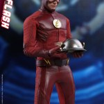 hot-toys-the-flash-sixth-scale-figure-the-flash-tv-series-tms009-img18