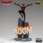 iron-studios-miles-morales-1-10-scale-statue-bds-art-deluxe-into-the-spiderverse-img01