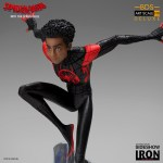 iron-studios-miles-morales-1-10-scale-statue-bds-art-deluxe-into-the-spiderverse-img05
