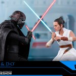 hot-toys-rey-and-d-o-sixth-scale-figure-set-star-wars-rise-of-skywalker-collectibles-img03