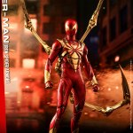 hot-toys-spider-man-iron-spider-armor-sixth-scale-figure-marvel-collectibles-vgm38-img01