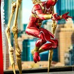 hot-toys-spider-man-iron-spider-armor-sixth-scale-figure-marvel-collectibles-vgm38-img08