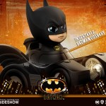 hot-toys-batman-with-batmobile-cosbaby-figure-batman-1989-collectibles-img02