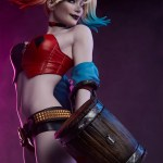 sideshow-collectibles-harley-quinn-hell-on-wheels-premium-format-statue-dc-comics-img02