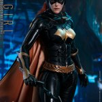 hot-toys-batgirl-sixth-scale-figure-batman-arkham-knight-vgm40-img05