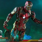 hot-toys-mysterios-iron-man-illusion-sixth-scale-figure-marvel-mms-580-img12