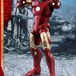 hot-toys-iron-man-mark-iii-quarter-scale-figure-1-4-scale-iron-man-collectibles-img01