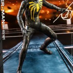 hot-toys-spider-man-anti-ock-suit-deluxe-sixth-scale-figure-marvel-vgm45-img03