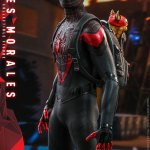 hot-toys-miles-morales-1-6-scale-figure-spider-man-marvel-vgm046-img09