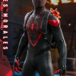 hot-toys-miles-morales-1-6-scale-figure-spider-man-marvel-vgm046-img10