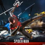 hot-toys-miles-morales-1-6-scale-figure-spider-man-marvel-vgm046-img14