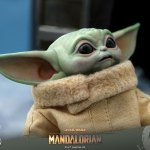 hot-toys-the-child-1-4-scale-figure-star-wars-collectibles-quarter-scale-img08
