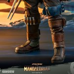 hot-toys-the-mandalorian-and-the-child-1-4-scale-figure-set-star-wars-collectibles-img09