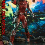 hot-toys-zombie-deadpool-sixth-scale-figure-marvel-zombies-collectibles-cms06-img03
