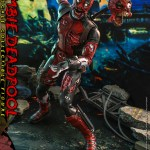 hot-toys-zombie-deadpool-sixth-scale-figure-marvel-zombies-collectibles-cms06-img04